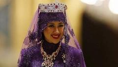 دیدن این ویدیو برای دخترهای دم بخت ممنوع است/دامادهای مشهوری که شب عروسی شان، میلیاردها تومان پول پای عروس شان ریختند/ده مراسم ازدواجی که گرانترین های دنیا لقب گرفتند