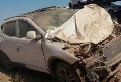 واژگونی خودرو و نجات معجزه آسای سرنشینان
