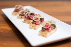 مینی استیک غذایی خوشمزه و متفاوت، مناسب برای مهمانی ها و دور همی های شما؛ آشپزخانه تی وی پلاس تقدیم می کند