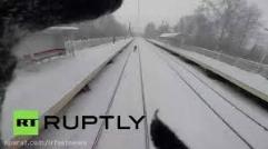 اسکی دیوانه وار در روسیه پشت قطار