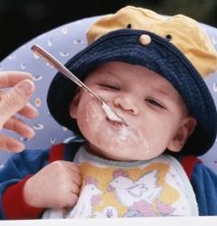 تصاویری جذاب از خلاقیت و ابتکار جالب یک مادر برای غذاخور کردن فرزندش