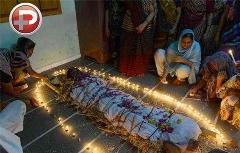 بازیگر زن هندی به دلیل شکست عاطفی خودکشی کرد!!