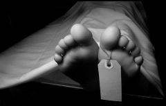 ویدیویی دردناک از خودکشی غافلگیرکننده یک دختر در پاساژ