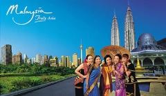 تصاویری بی نظیر از آبشار مالزی و سفر به اعماق آب/ مهمانی عطر و بو  در رستوران مالزیایی/ طبیعت بکری که هر بیننده ای را به خود خیره می کند-قسمت دوم سفرنامه تی وی پلاس-مالزی
