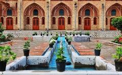 تنها زیر خاکی باقی مانده از نسل قاجار در خیابان مولوی تهران کشف شد!/کاروانسرایی باشکوه که باورتان نمی شود در قلب ایران سالم مانده باشد