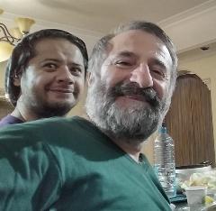وقتی مهران رجبی، سوژه خنده علی صادقی شد؛ سکانسی از سریال پرطرفدار و طنز سه در چهار