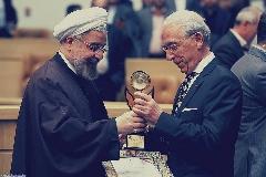 سورپرایز بزرگ ستاره محبوب ایرانی  برای ایرانی ها؛ عصبانیت پروفسور سمیعی از سوال نابجای خبرنگار؛ گزارش اختصاصی تی وی پلاس