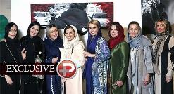 ویدیویی از دورهمی ستاره ها برای حمایت از زنان در یک نمایشگاه خاص عکاشی!!