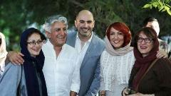 نقاشی های روی صورت خانم بازیگر ایرانی، رکورد فروش را شکست/پانته آ بهرام: نصف ابروها و موهایم بخاطر این رنگ ها کنده شد اما متفاوت ترین تجربه ام بود/یک نمایشگاه خاص در ایران به روایت شبکه تی وی پلاس