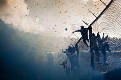 از کتک کاری کریس رونالدو با پپ گواردیولا تا هجوم چند هزار نفری تماشاگران به زمین فوتبال؛ خطرناک ترین و دیوانه وارترین مسابقات فوتبال در دنیا