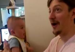 این نوزاد 3 ماهه به طرز شگفت انگیزی حرف میزند! + فیلم