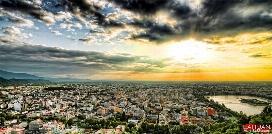 از گشت و گذار در خوش آب و هواترین نقطه  ایران تا سفر با مرتفع ترین تله کابین خاورمیانه؛ سفری به بهشت ایران، شهر لاهیجان