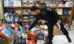 حمله انتحاری به بازار بزرگ تهران/قاچاقاچیان دارو و لوازم آرایشی در یک چشم برهم زدن کوچه مروی  را خالی کردند!/خط ویژه تقدیم می کند