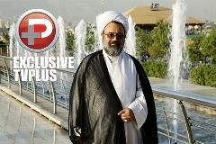 اعتراض روحانی مشهور به لو رفتن فایل صوتی جنجالی اش: می خواستم آن پیرمرد را کتک بزنم!/از دیدن کلیپ خانم بازیگر محترم در حال خواندن آهنگ هایده شوک شدم!/ 25 سال پیش به حقوق میلیونی مدیران اعتراض کردم که سانسور نشد/حجت الاسلام دانشمند در گفتگو با شورشیرین شبکه تی وی پلاس