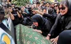 فیلم خاکسپاری و تشییع پیکر زنی که اشک میلیون ها نفر را با رفتنش سرازیر کرد/مهدیه الهی قمشه ای به دیدار حق شتافت