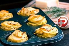 یک غذا با چندین کاربرد؛ عصرانه، پیش غذا و یا شامی زیبا با طعمی دلچسب؛ آموزش ساده تهیه مافین سیب زمینی و پنیر پارمزان