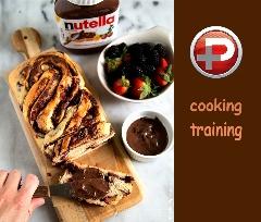 طعم بینظیر عصرانه ای دلچسب با نوتلا؛ آموزش تهیه سریع و ساده نان نوتلا