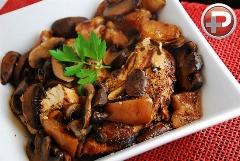 یک طعم فراموش نشدنی از مرغ؛ آموزش تهیه خوراک مرغ با سرکه بالزامیک و سیر