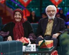 این بازیگر سینمای ایران از همسر ایده آلش چهاربار خواستگاری کرد؛ جمشید مشایخی و همسرش در خندوانه ترکاندند