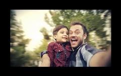 چشمان بهت زده پسربچه به آخرین نفس های پدرش روی تخت بیمارستان/فیلم کوتاه بابا تقدیم به ساحت مقدم امام رضا (ع)