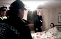 یورش شبانه پلیس به اتاق خواب سارا/دستگیری قاتل زن در خواب+فیلم