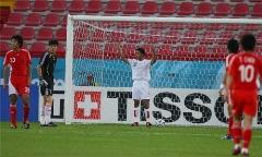 چینی ها عکس جنجالی مهاجم تیم ملی فوتبال ایران را دوباره رو کردند