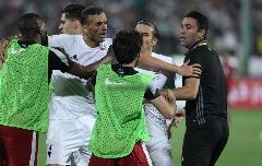 فایل ویدیویی لو رفته از حرکت جواد نکونام مقابل نیمکت قطر