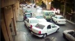 پربازدیدترین فیلم امروز تلگرام؛ نسخه کاملتر ویدئوی رانندگی دیوانه وار در تهران؛ راننده ای که یک خیابان را بهم ریخت و با همه ماشین ها تصادف کرد