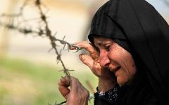 گفتگو با عاشق ترین زن ایران بعد از سی سال انتظار برای دیدن یک مرد/داستان غم انگیز چهارشنبه های بی بی لیلا دلتان را می لرزاند/رادیو پلاس به بهانه هفته دفاع مقدس تقدیم می کند