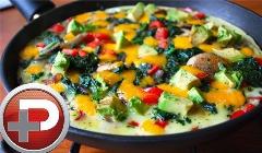 پیشنهاد ویژه تی وی پلاس برای صبحانه؛ یک سوپر اُملت که از خوردنش سیر نمی شوید؛ آموزش تهیه اُملت سبزیجات و پنیر، متفاوت تر از همیشه