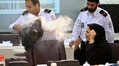 فیلم انفجار پاوربانک خبرنگار در نشست خبری آتش نشانی