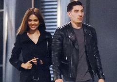 عکسی که رابطه پنهانی فوتبالیست معروف و خانم بازیگر را فاش کرد