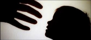 تجاوز دو پسر نوجوان به دختر 6ساله در سرویس بهداشتی مدرسه