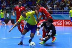 ستاره های تیم ملی ایران دنیا را مبهوت کردند؛ برزیل با تمام ستاره هایش جلوی ایران زانو زد؛ خلاصه فوتسال ایران - برزیل و پیروزی شیرین آریایی ها