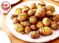 ساده ترین و پرطرفدارترین پیش غذایی که دیدین؛ آموزش تهیه سیب زمینی های تنوری به سبکی متفاوت