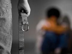 پسری که در خانه دوست دخترش به دام افتاد: زیر مشت و لگد پدرش بیهوش شدم