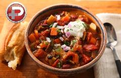 این خوراک لذیذ، سالم ترین غذایی هست که تا به حال خوردین؛ آموزش تهیه خوراک سبزیجات چیلی، یک غذای گیاهی خوش رنگ و آب