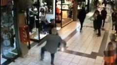 جفت پا گرفتن مرد ۸۴ ساله برای دزد مسلح