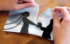 عروس جوان دو ساعت بعد از مراسم ازدواجش طلاق گرفت
