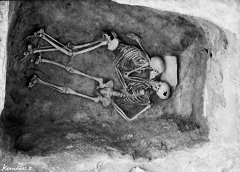 بوسه عاشقانه زن و مرد ایرانی در آخرین معاشقه پیش از مرگ/بوسه ای که سه هزار ساله شد