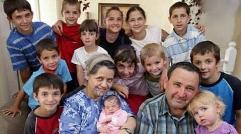 زنی که 27 بار زایمان کرد و 69 کودک به دنیا آورد!