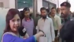 کتک خوردن خانم خبرنگار در پخش زنده + فیلم