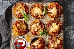 این کوچولوهای خوشمزه شما را عاشق خودشان می کنند؛ آموزش تهیه مافین های اسپاگتی و گوشت قلقلی با بی دردسرترین روش