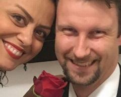 داستان ازدواج بازیگر زن سریال مهران مدیری با جوان آلمانی: فعلا دوران نامزدی مان است