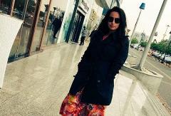 این زن بدحجاب را جلوی سگ ها بیندازید!/واکنش تند عربستانی ها به انتشار تصویر یک زن بی حجاب در کشورشان