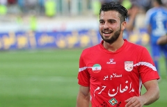 اضافه خدمت یقه ستاره فوتبال ایران را گرفت/شوک بزرگ به پرسپولیس؛ سروش رفیعی از دست قرمزهای پایتخت پرید