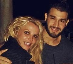 عکسی که رابطه عاشقانه خواننده زن سرشناس و پسر ایرانی را رسمی کرد/بریتنی اسپیرز و سام اصغری در یک عشق دیوانه وار