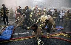 فرو ریختن ساختمان پلاسکو از زاویه حضور آتش نشانان+فیلم