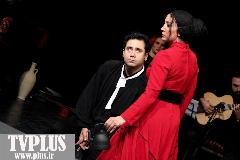 اشکان صادقی: بهتر بود داورها کارهایی را انتخاب کنند که تماشاگر وسط اجرای نمایش سالن را ترک نکند؛ گفتگو با کارگردانان نمایش یرما در حاشیه جشنواره تئاتر فجر