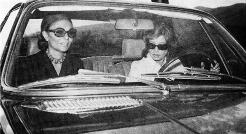 رولزرویز سوپرلوکس اشرف پهلوی در کاخ سرشناس تهران/خودرویی که فقط یک بار و برای یک اشرف زاده ایرانی ساخته شد/گزارش اختصاصی تی وی پلاس از خودرویی که قیمت ندارد